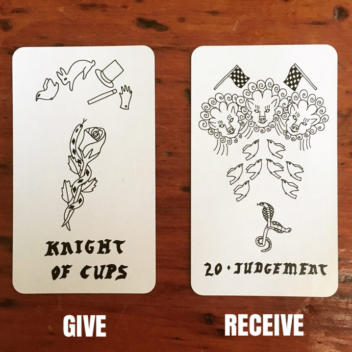 TAROT AS MIRROR: GIVE AND RECEIVE