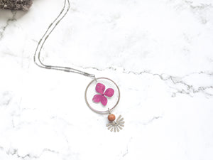 PINK HYDRANGEA | REVERSIBLE STATEMENT DIFFUSER NECKLACE