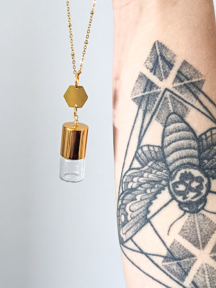 DAINTY HEXAGON | ROLLER BOTTLE NECKLACE