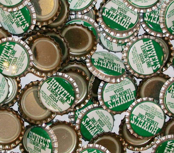 Soda pop bottle caps Lot of 25 HOWELS LEMON LIME plastic lined new old stock
