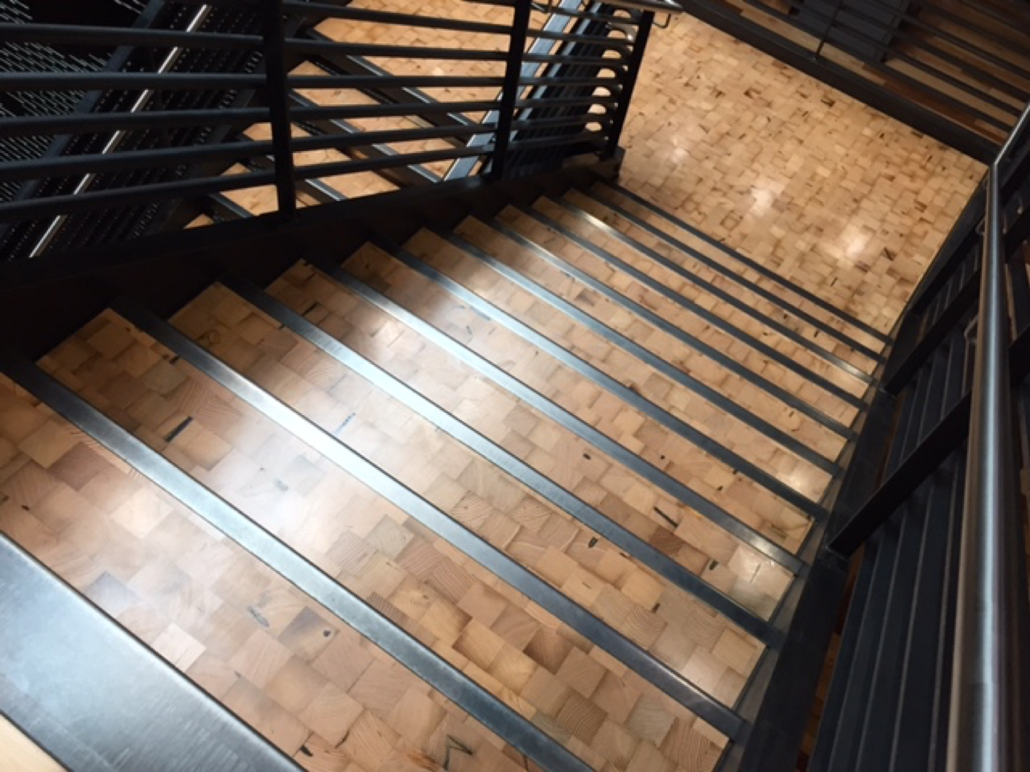 Reclaimed Douglas Fir end grain treads and landings | Lease Crutcher Lewis HQ, Seattle, WA