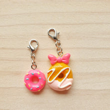 Load image into Gallery viewer, Stitch Markers - Doughnuts