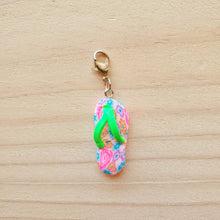 Load image into Gallery viewer, Stitch Markers - Summer Thongs