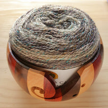 Load image into Gallery viewer, Yarn Bowl - Striped