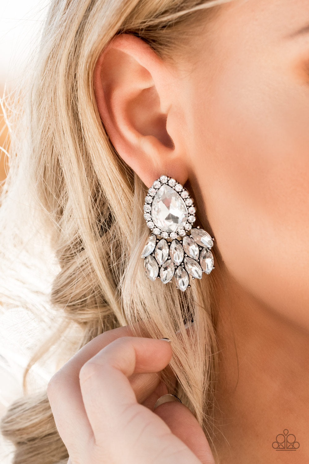A Breath of Fresh HEIR White Earring