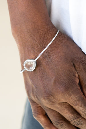 Make A Spectacle White Bracelet