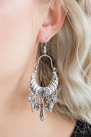 Natural Escape Silver Earring