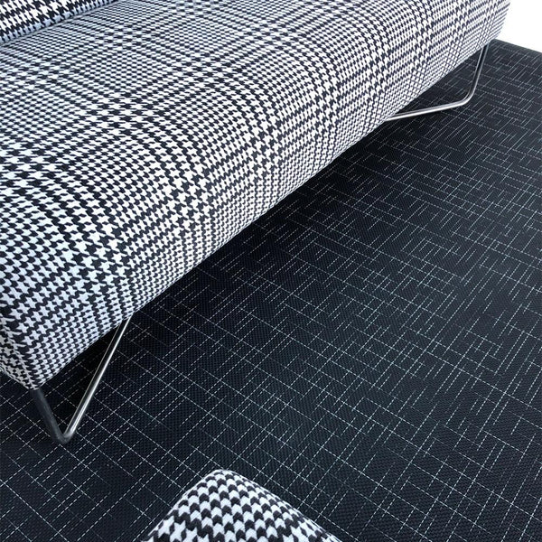 Detail of Balance Sofa Plaid