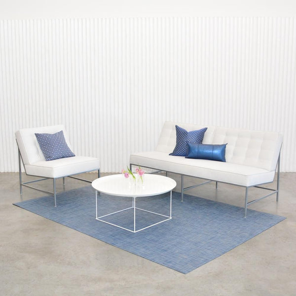 chilewich denim floor mat with white aston seating