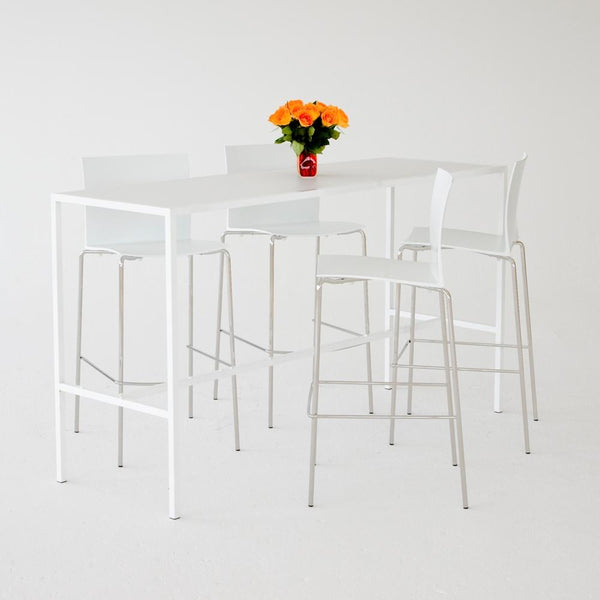 Runner Table White on White with White stools