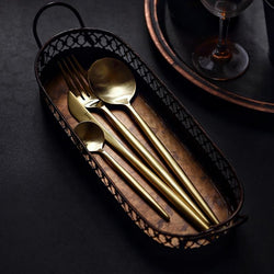 The Leon Flatware Set