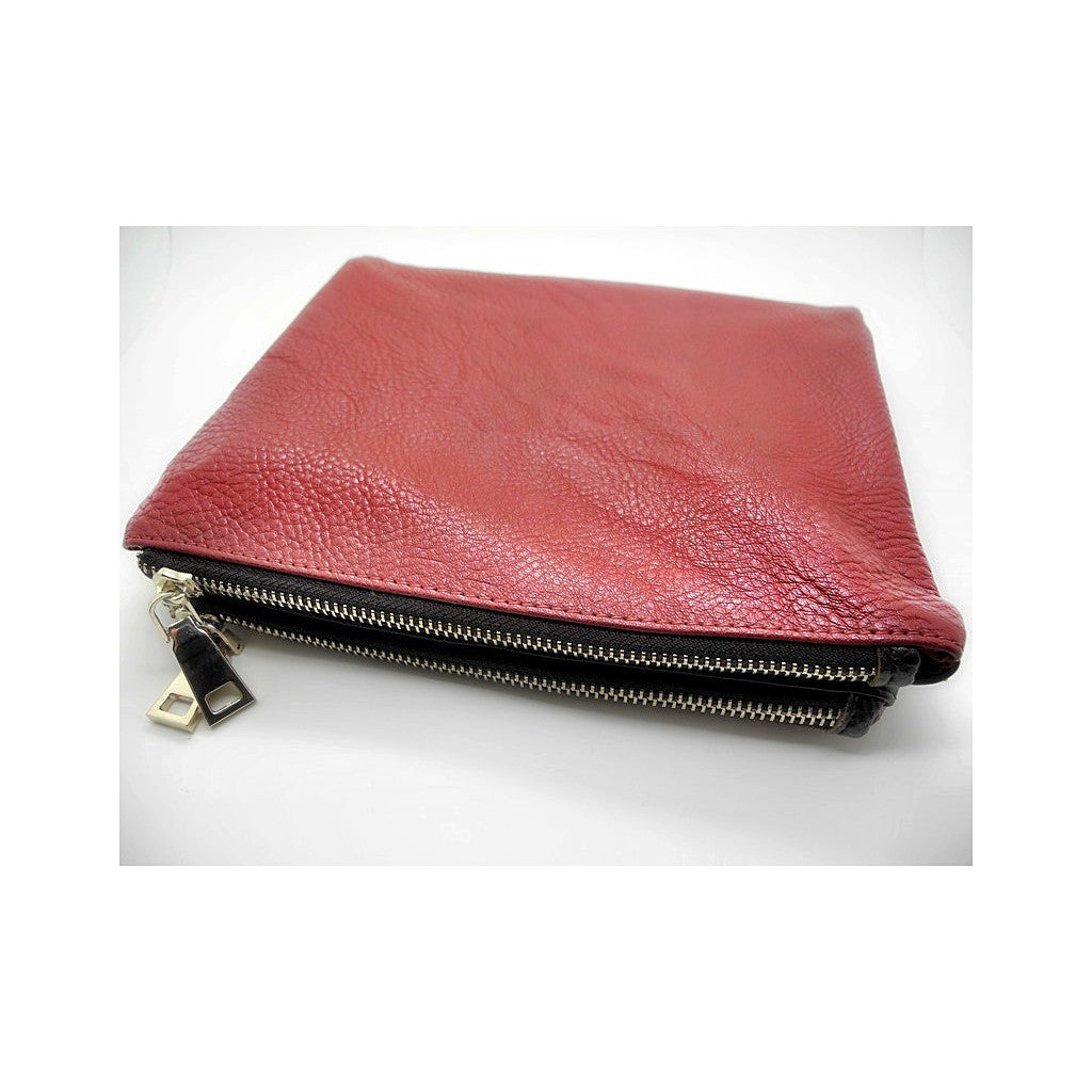 Evie Clutch In Chocolate Bordeaux