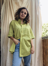 Load image into Gallery viewer, Vintage blouse