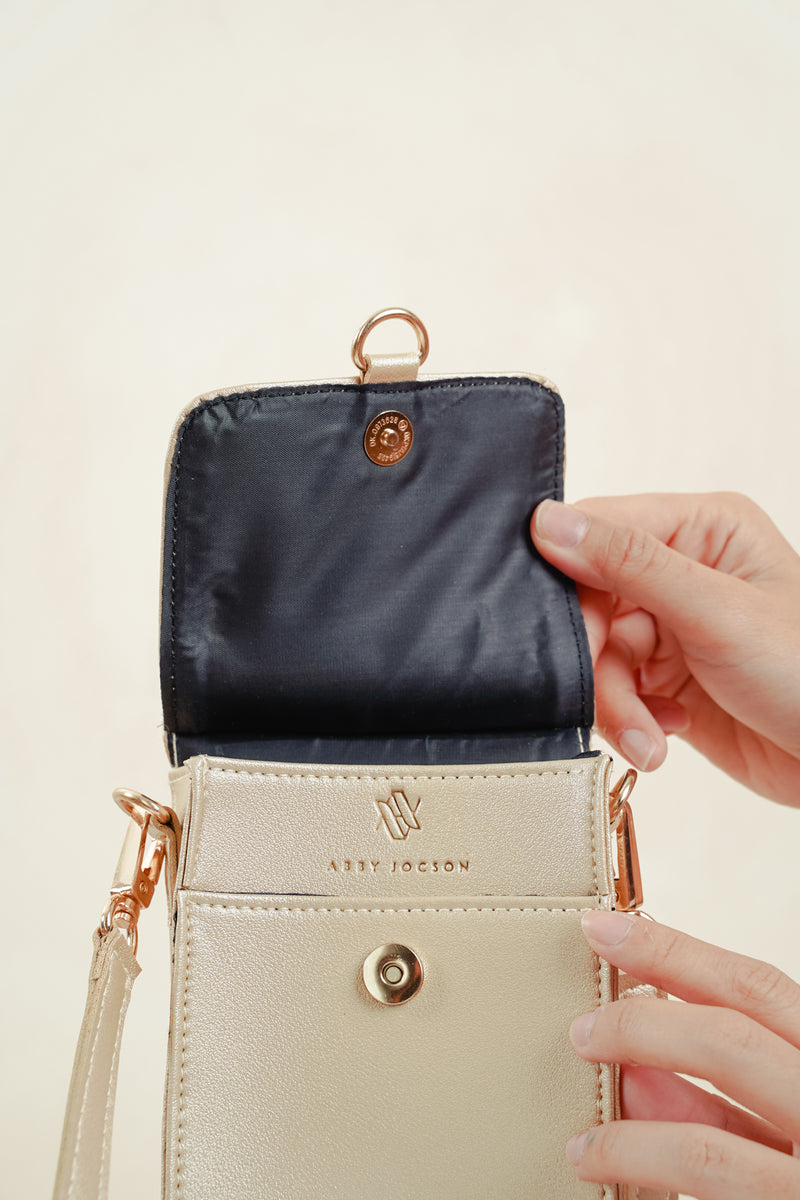 PEYTON CROSSBODY (LIGHT GOLD)