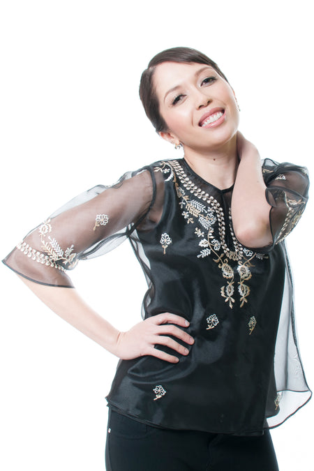 WOMEN - Barongs and Kimonas