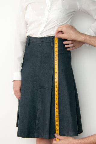 BW - Women's Skirt Length Measurement