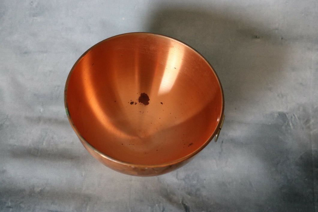 "Vintage Copper Bowl 8.5"" Across W Riveted Ring For Hanging 1980's Rimmed Edge 