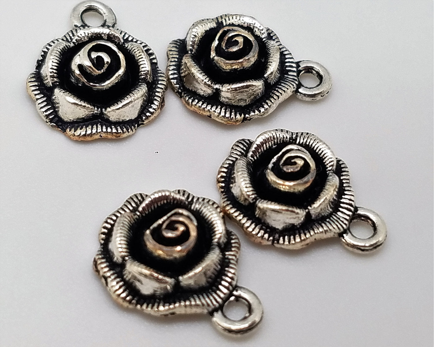 Flower Charms , Bag of 4