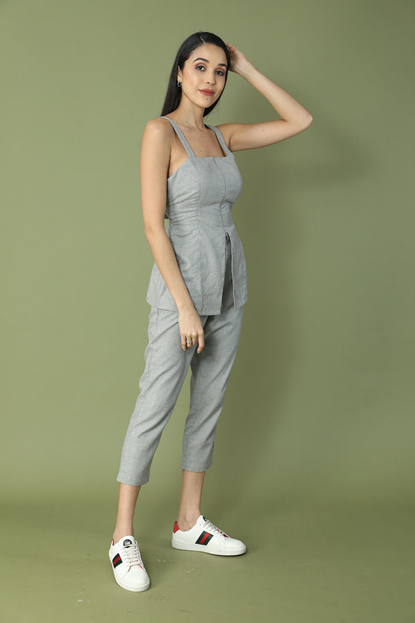 Super-chic Strap n Knotty Culotte Set