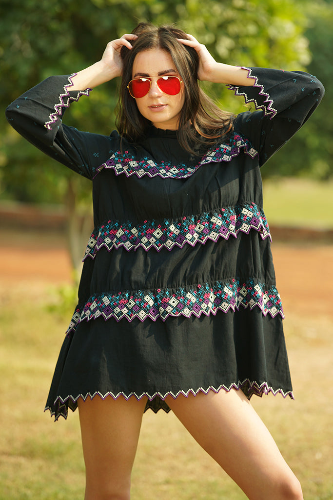 Zigzag hem embroidered mini dress