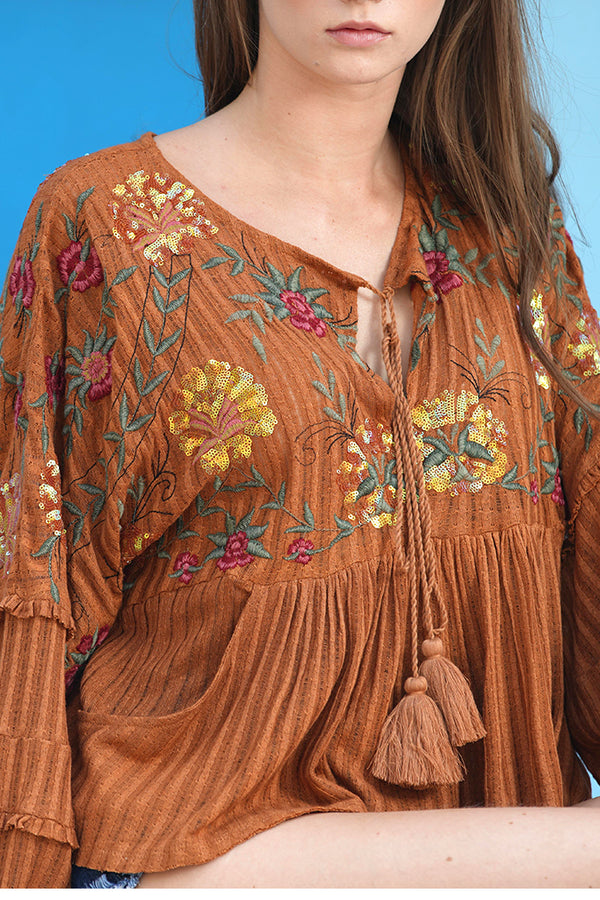 Tie up striped sequins embroidery top