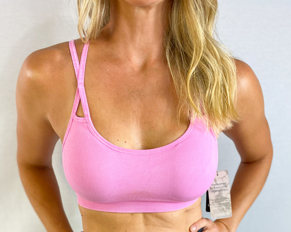 Knockout Pink Levitate Bra