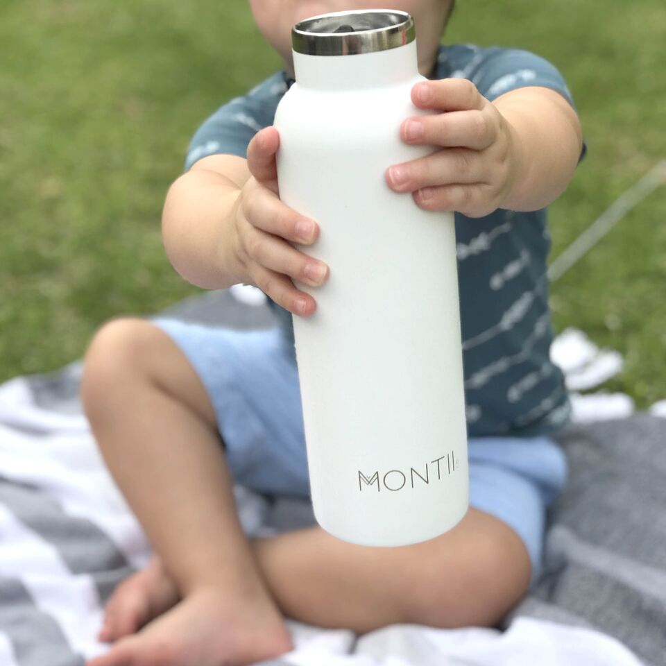MontiiCo Insulated Drink Bottle, 600mL - White