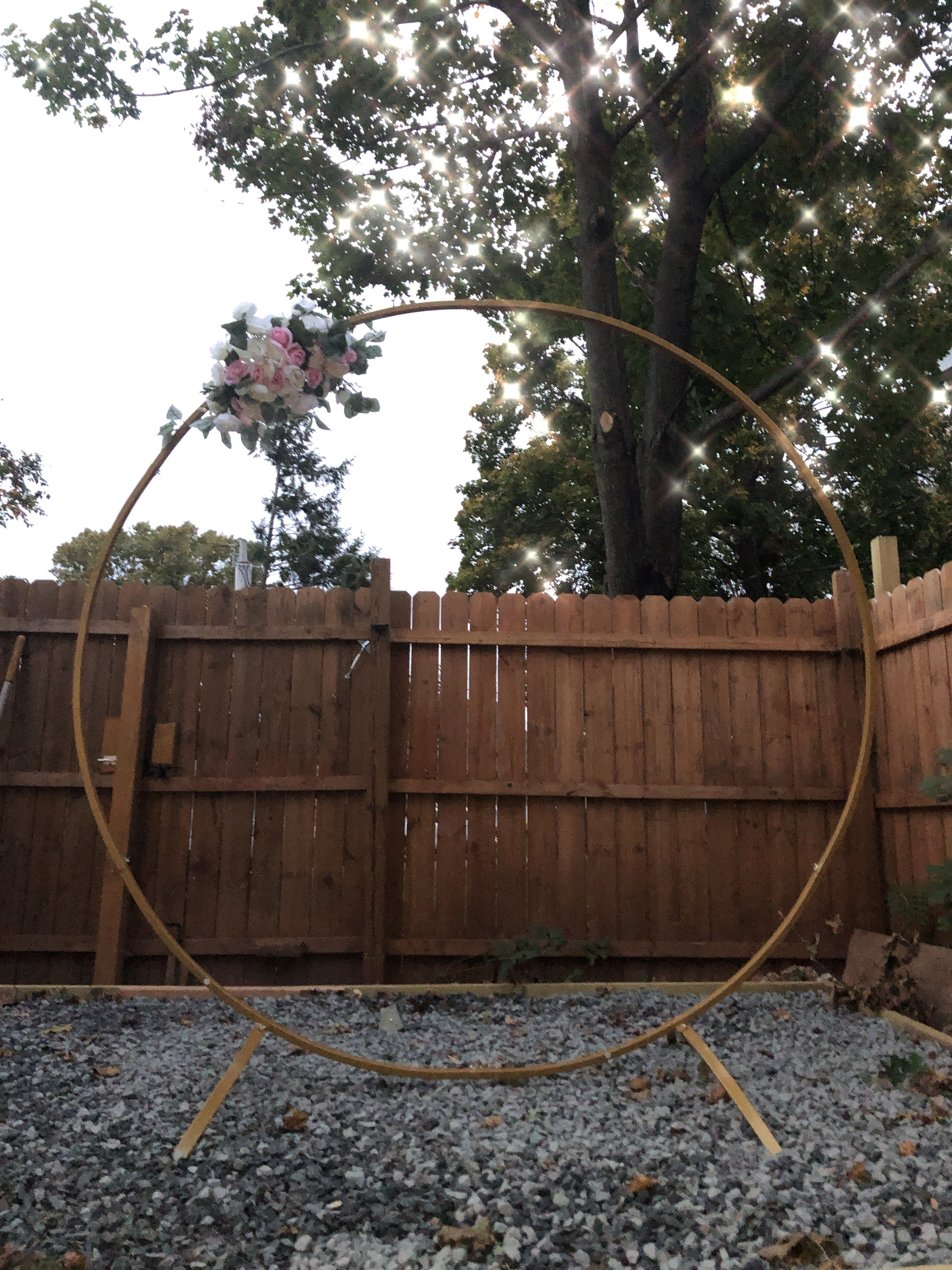 7 FT Tall - Gold Round Metal Arch/ Backdrop