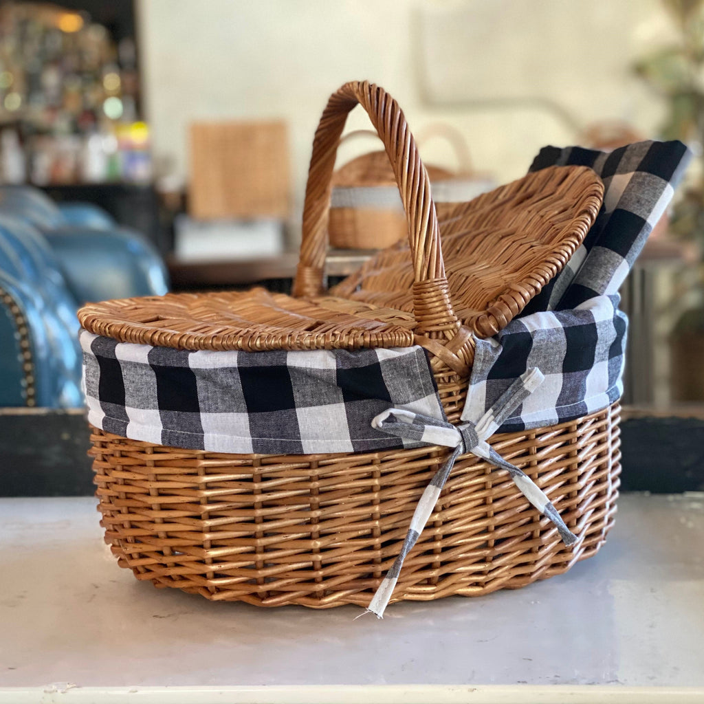 Wholesale Picnic Baskets & Rugs