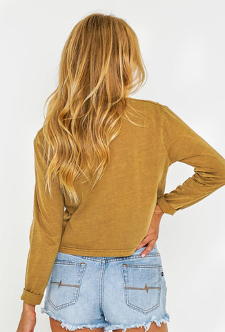 WILDCHILD CROP LONG SLEEVE TEE - CAMEL