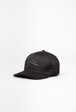 CHRONIC 4 FLEXFIT CAP - BLACK
