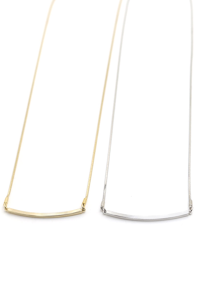 Mora Bar Necklace