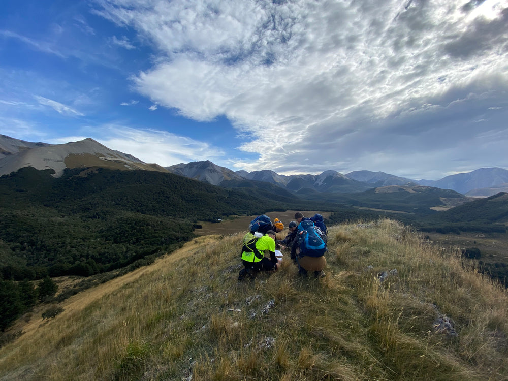 Learning to Navigate with a Map and Compass NZ