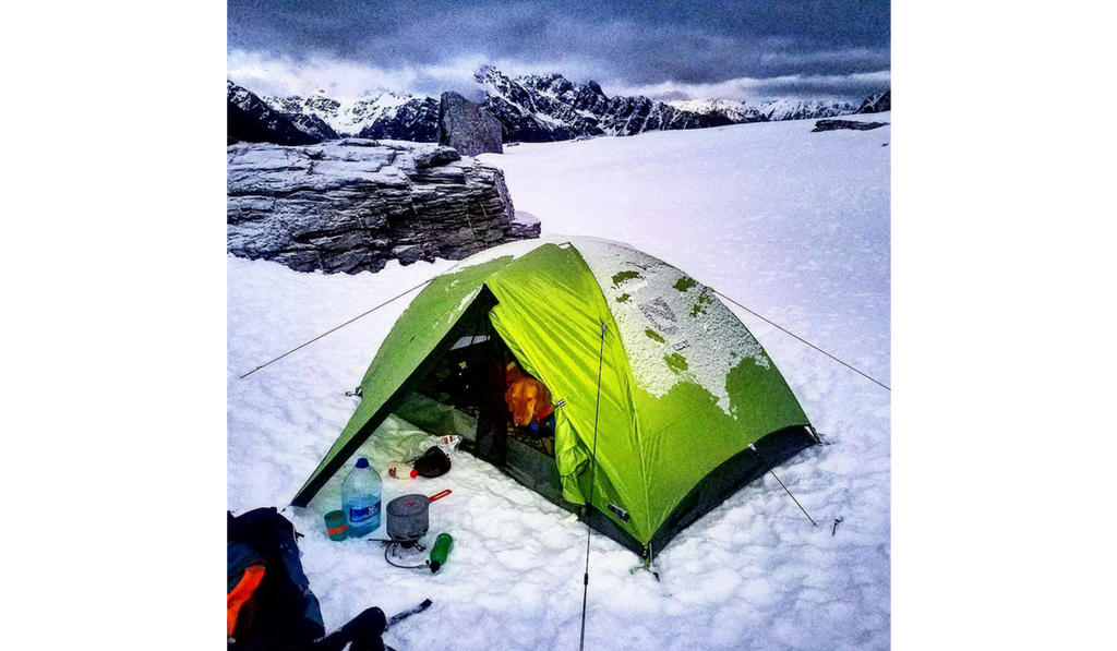 snow camping with dogs