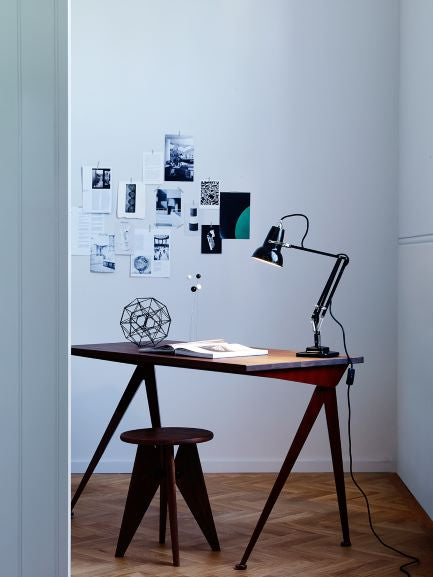 anglepoise-original-mini-jetblack-desk-lamp-ikon1