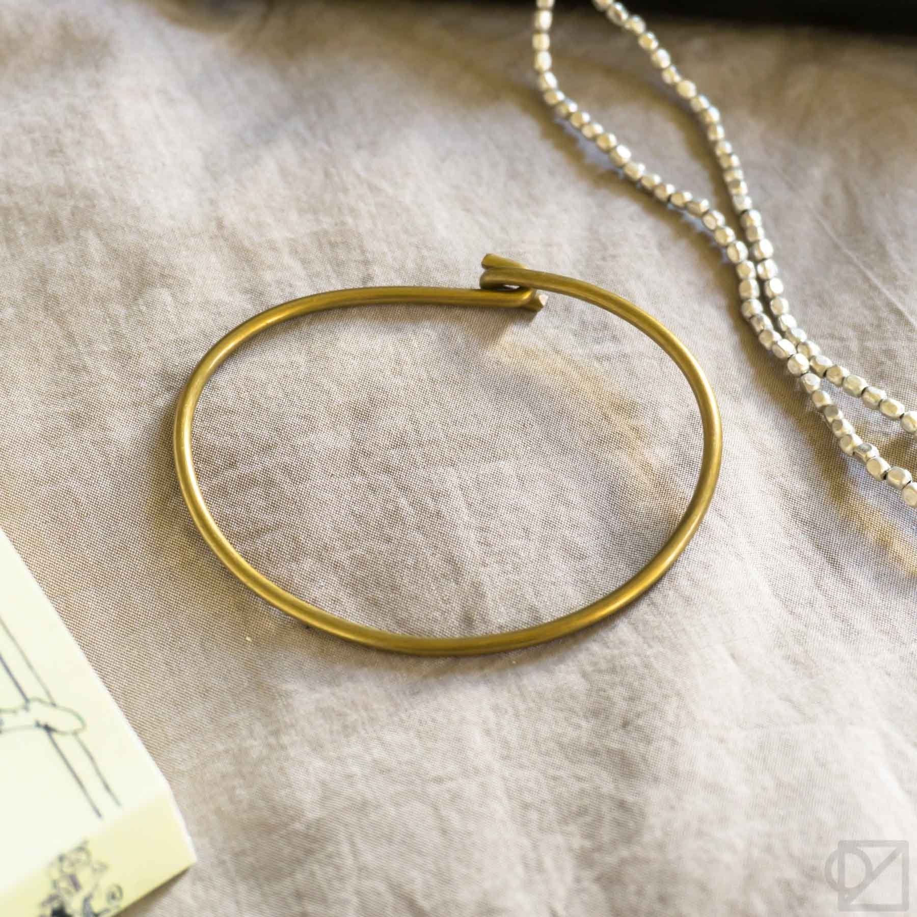 Fog Linen Work Brass Simple Wire Bracelet