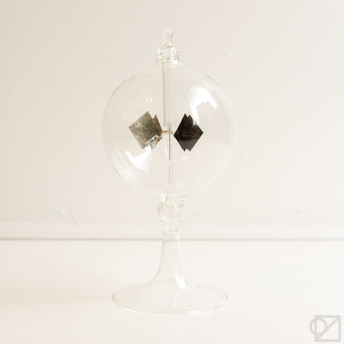 HIGHTIDE Handblown Glass Radiometer