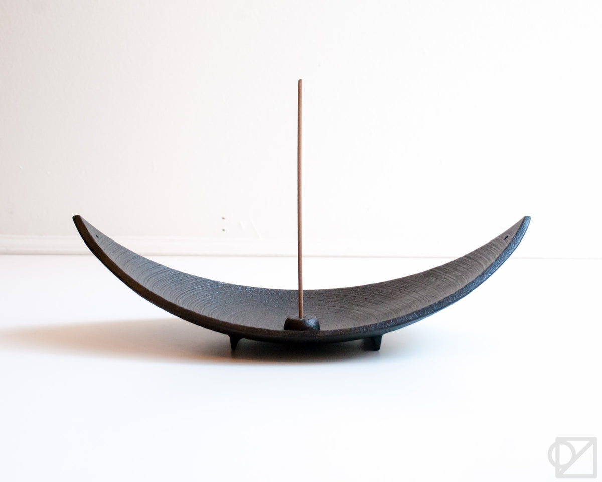 Cast Iron Bamboo Leaf Tray Incense Burner