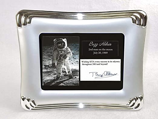 Elegant Autographs: Buzz Aldrin autograph with moon landing display, includes frame.