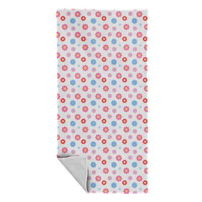 Sooty Flower Pattern Beach Towel