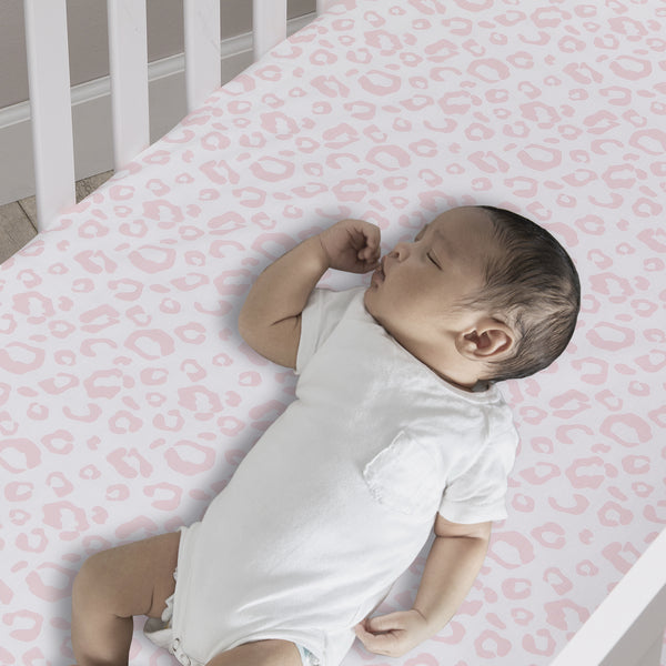 Signature Leopard Organic Cotton Fitted Crib Sheet by Lambs & Ivy