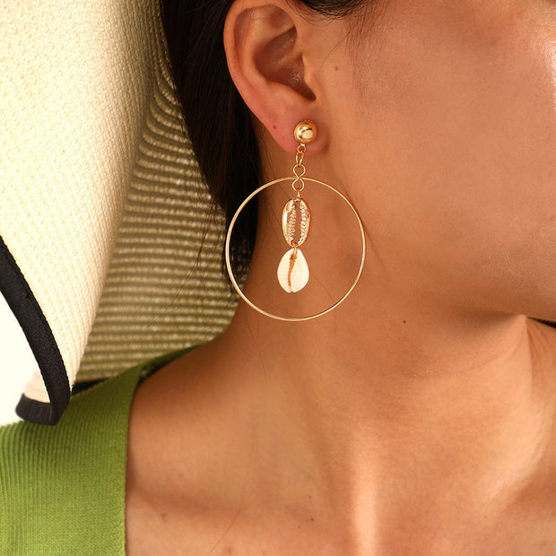 Woman Fashion Simple Geometric Alloy Round Shell Earrings