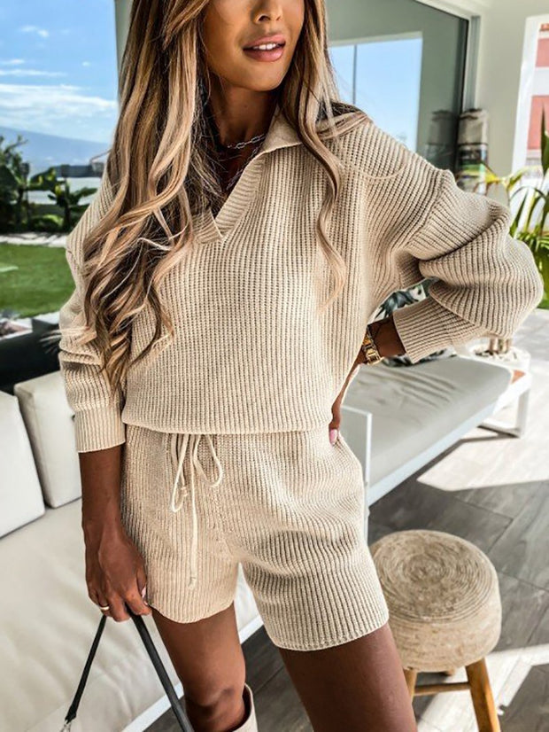 V-Neck Knitted Shorts Suit