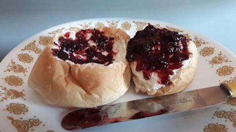 Plautdietsch word of the day Chjlessen or Chjlessi Jam on Tweibach