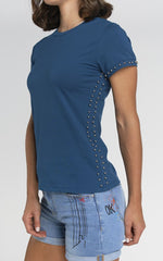 T-SHIRT CON STUDS