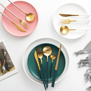 Cibola 4-Piece Dandelion Gold Cutlery Set