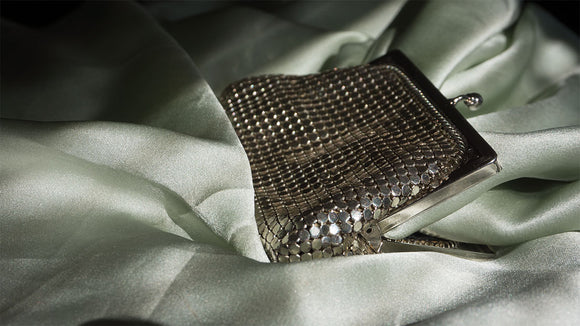 Whiting & Davis Mesh Coin Purse (1940s-1950s)