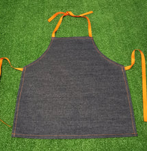Load image into Gallery viewer, Art aprons - 5 different colours