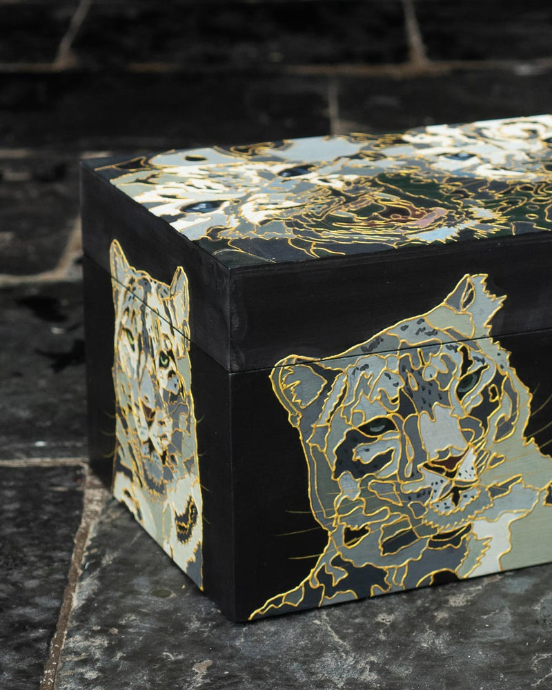 Snow Leopard Stationery Box