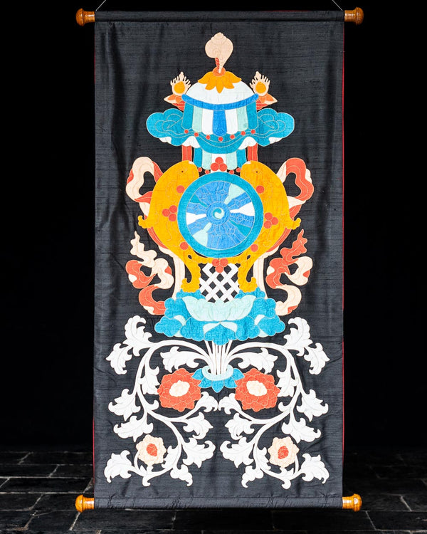 Vase of Treasure Applique Wall Hanging (Black)